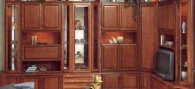 Стенки классика в гостиную комнату