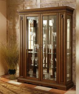 шкаф витрина для гостиной