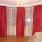 Красные шторы для гостиной - яркие краски в интерьере