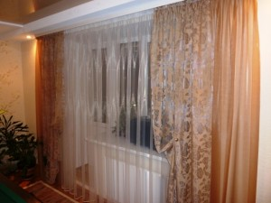 стильные шторы в гостиной