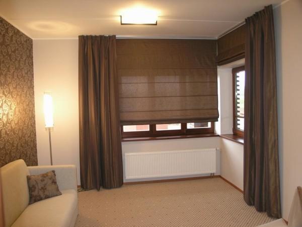 стильные римские шторы в гостиную