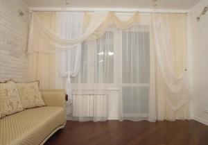 Как выбрать легкие шторы в гостиную комнату?