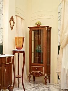Выбираем шкаф-пенал — обустраиваем гостиную