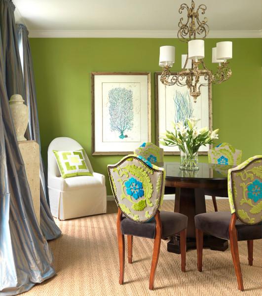 обои зеленого цвета в гостиной