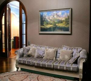 картина в гостиной комнате
