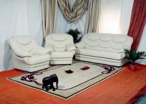 Кожаная мебель в гостиной - советы от профи