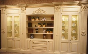 дизайн стенки в интерьере гостиной