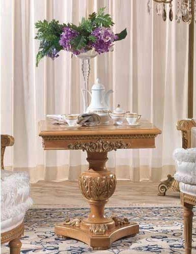 Маленькие столики для гостиной - выбираем сами
