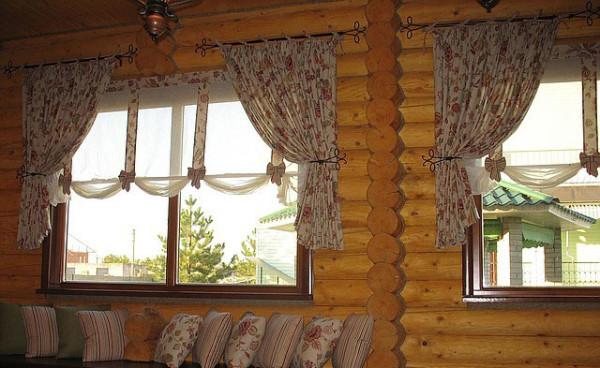короткие шторы для гостиной