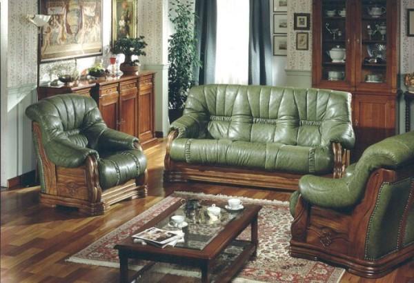 кожаные мягкие кресла