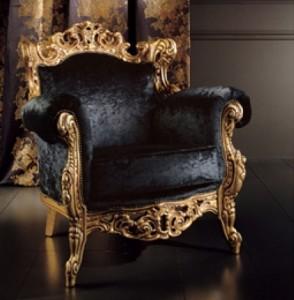 кресло классика в интерьере гостиной