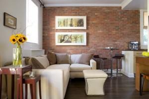 акцентная стена в оформлении гостиной