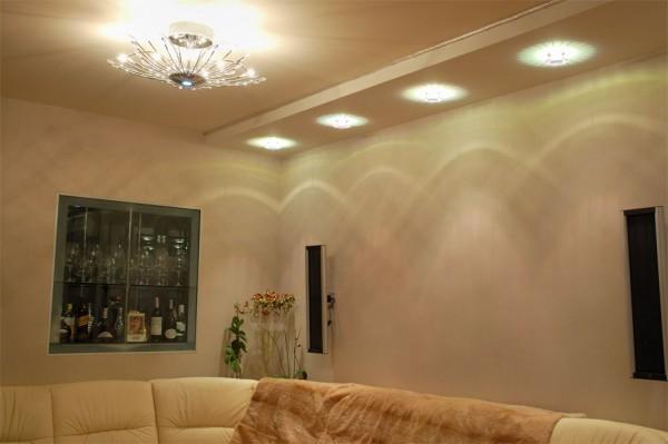 точечные светильники в интерьере