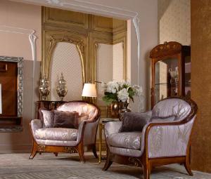 классические кресла для гостиной