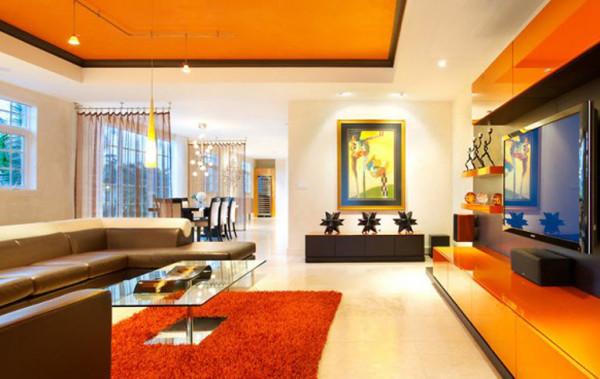 гостиная в ярких цветах