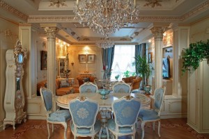 Интерьер кухни-гостиной в классическом стиле