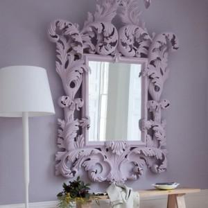 Красивые зеркала в интерьере гостиной