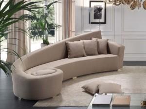 красивый эркерный диван